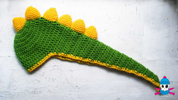 plauknits-shapochka-dinozavrik-1